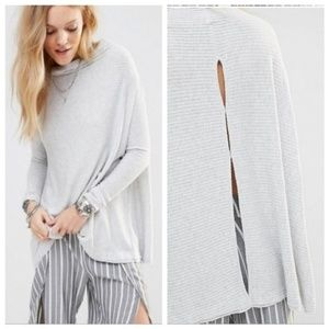FREE PEOPLE Lover Gray Open-Back Mock-Neck Sweater